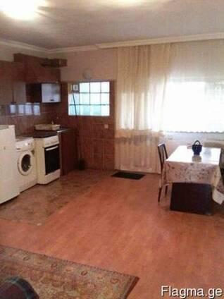 До конца мая сдаётся 2-ух комнатная квартира