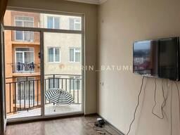 Продается 2-комнатная на Леонидзе