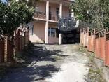 Продается дом с земельным участком в 1 гектар. - фото 2