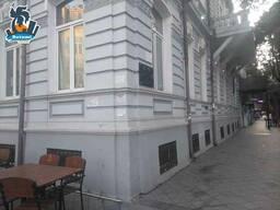 Продается квартира под коммерцию на 1 этаже в Батуми