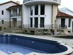 Сдается в аренду 4-х этажный дом в Тбилиси