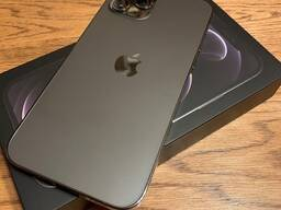 Selling Apple iPhone 12 Pro Max 512Gb. CHAT : 17622334358
