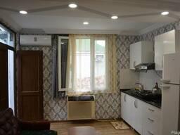 Собственном доме посуточно сдаётся отдельная двухспальная кв