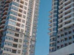 Срочно продаётся квартира в Батуми , вид на море горы и стадион.