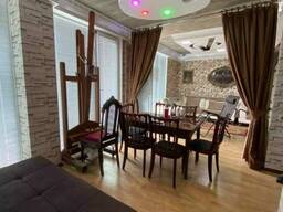 В Батуми сдается посуточно или ежегодно 6-комнатная квартира