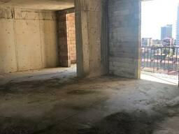 В Батуми возле стадиона продается черная рамка 80кв. м.